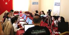 """""""Coding İstanbul Projesi"""" ile çocuklar eğlenerek öğrenecek"""