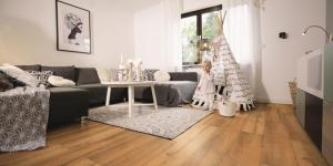Laminate ‒ a clean sweep for private and commercial flooring Hygienic and easy to maintain