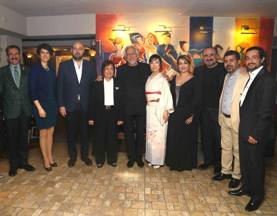 Mehdi Kamruz (Bursa Filarmoni Derneği Bşk Yard.), Zeynep Köksal Yaykıran (Pet Holding Y.K Bşk Yrd.), Ömer Kızıl (Bursa Filarmoni Derneği Bşk), Pınar Köksal (Besteci), Ender Sakpınar (Şef), Atsuko Suetomi (Koto), Feryal Türkoğlu (Soprano), Hakan Aysev (Tenor), Halil Altınköprü (Kanun), Ömer Kızıl (Bursa Filarmoni Derneği Bşk)