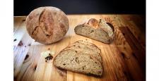 240 Derece'den damla sakızlı karanfilli Alaçatı ekmeği…