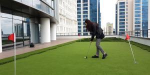 İş merkezlerinde golf modası!