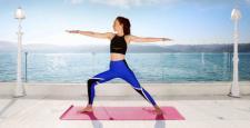 Sait Halim Paşa Yalısı rıhtımında boğazın mavisiyle yogayla yaza hazırlanın…