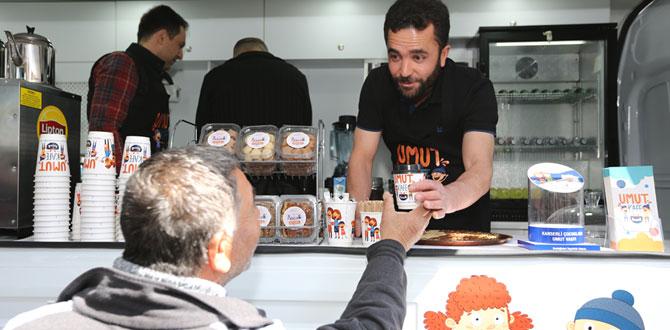 KAÇUV'un Umut Kafe'si Technogym'de umut dağıtıyor…