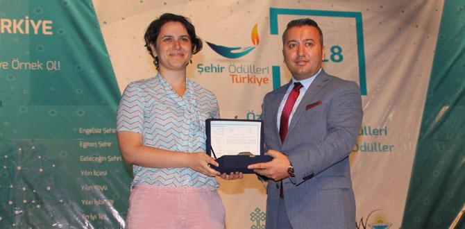 Kadıköy Belediyesi'ne Yılın Şehircilik Kültür Ödülü…