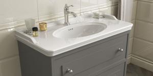 Kale Banyo Artdeco ailesi, doğal formu ve klasik tarzıyla zamansız zarafet sunuyor…
