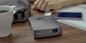 Optoma'dan ultra kompakt, taşınabilir projektör: LV130
