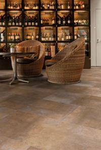 LVT Beläge von enia flooring – Kompetenz in Stein mit Design, das begeistert und Technik, die überzeugt